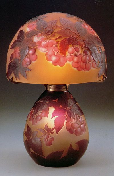 Emile Gallé Lamp with Cherry Decor c.1918-31 「桜桃文ランプ」EMILE GALLÉ (1846-1904) More Pins Like This At FOSTERGINGER @ Pinterest
