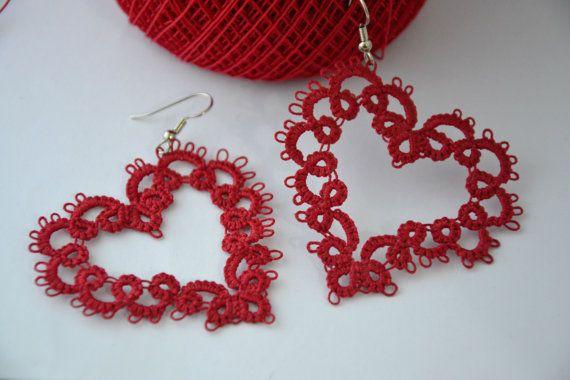 Orecchini pizzo chiacchierino cuore rosso by MariluCrochet