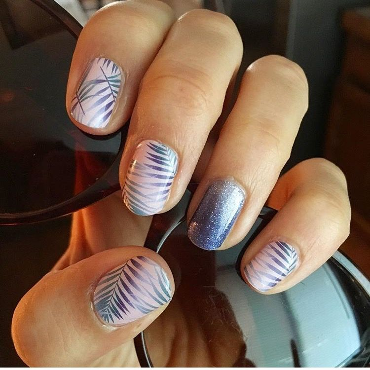Colors of the year nail wraps. Rose Quartz Getaway and Serenity Ombré