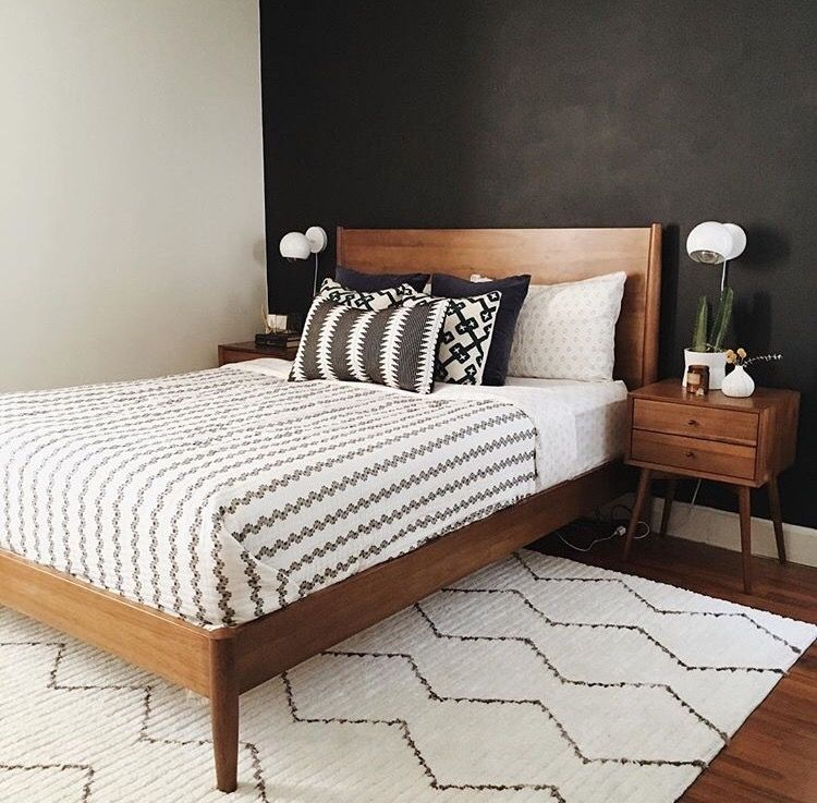 Best The White Bedding And Rug Contrast The Black Wall Which Give Implied Lighting… Mid Century 640 x 480