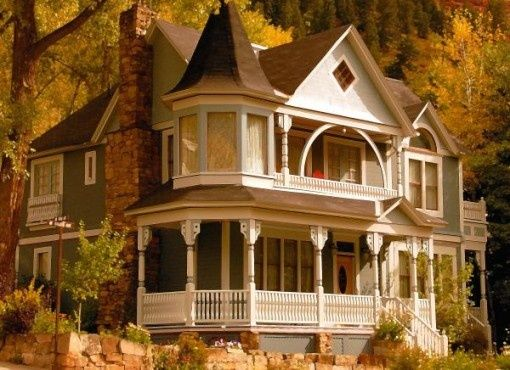 Autumn Houses House Crazy Victorian Homes Victorian Style Homes Architecture