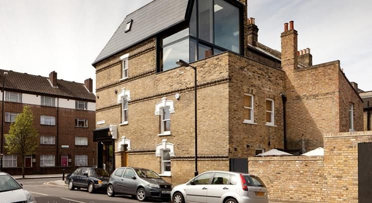 Twist In Architecture complete renovation project News Building - renovation electricite maison ancienne