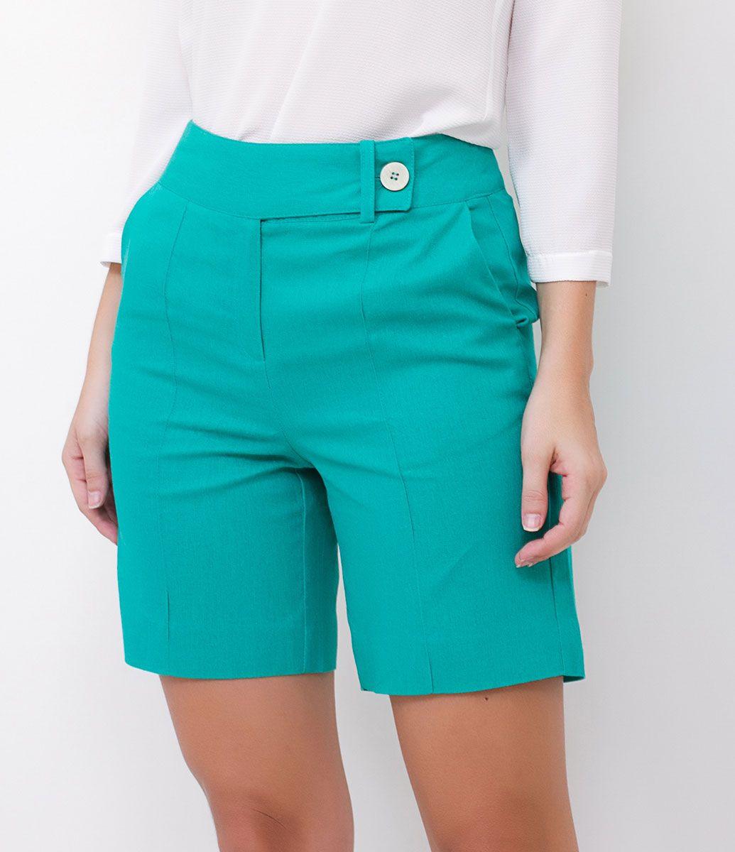 e57f057124 Bermuda feminina Cós Transpassado Marca  Cortelle Tecido  linho Modelo  veste tamanho  36 Medidas