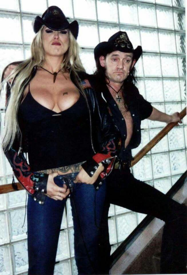 Nashville pussy tits — photo 9