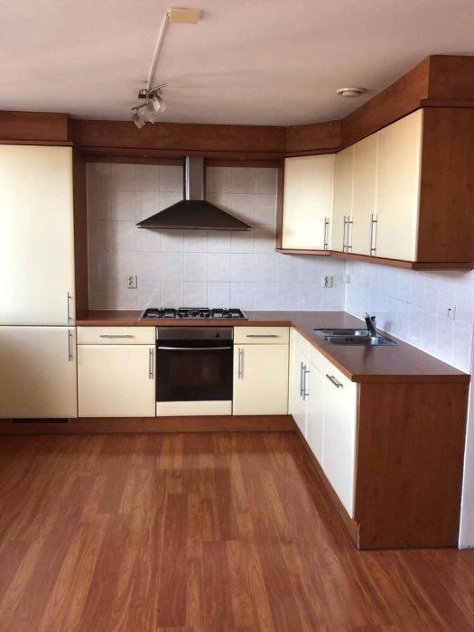 Kremowa Kuchnia Do Zabudowy Wraz Ze Sprzetem Agd 7731774948 Oficjalne Archiwum Allegro Kitchen Cabinets Kitchen Home