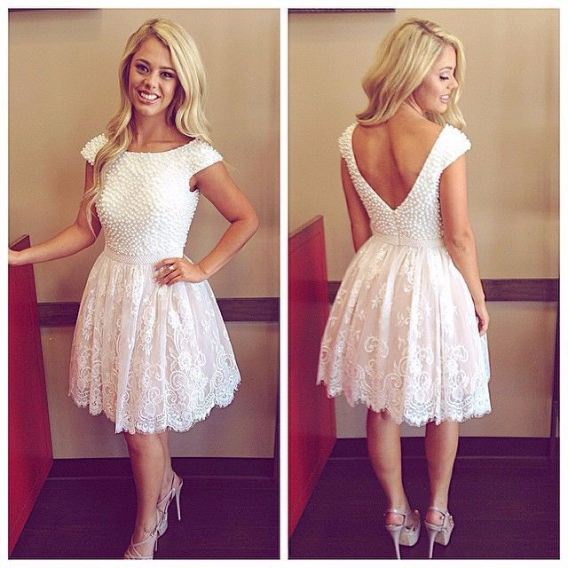 Elegant Cap Sleeve Scoop Pearls Ivory Lace Short Wedding Dresses 2017 Bride Dress For Reception