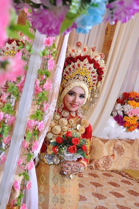 Baju Pernikahan India