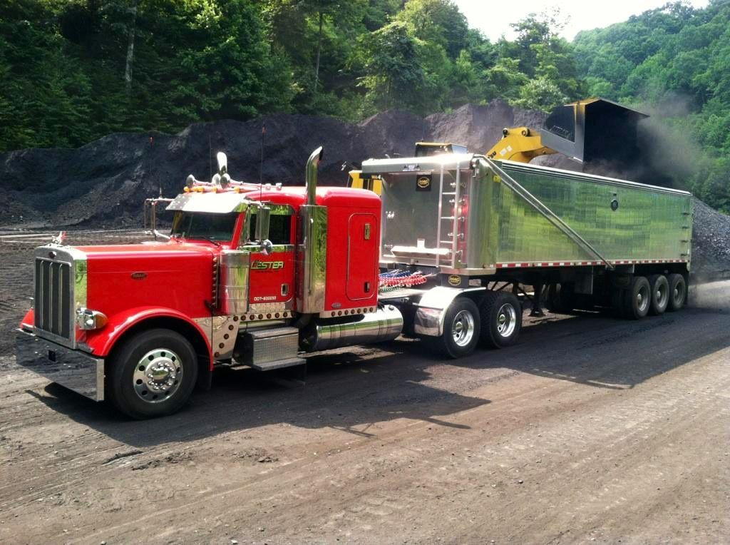A Truck With Westech S Flow Control Body Holds 447 Tons Of Coal At