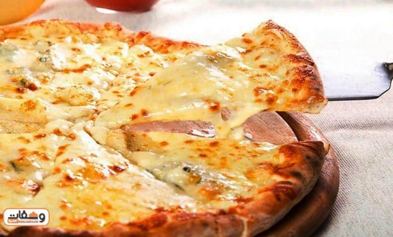 طريقة عمل بيتزا جبن بـ 5 انواع جبن مختلفة Food Cheese Pizza Cheese