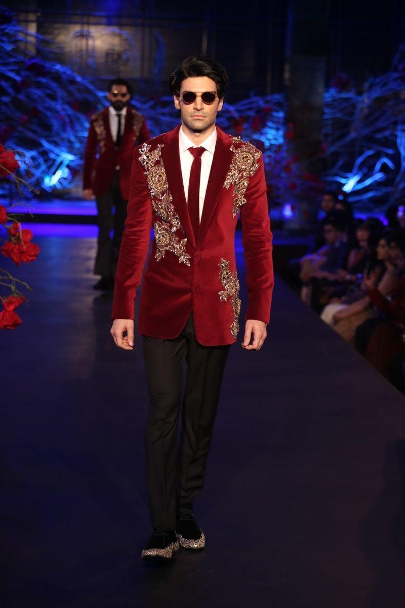 Manish malhotra empress story couture collection manish