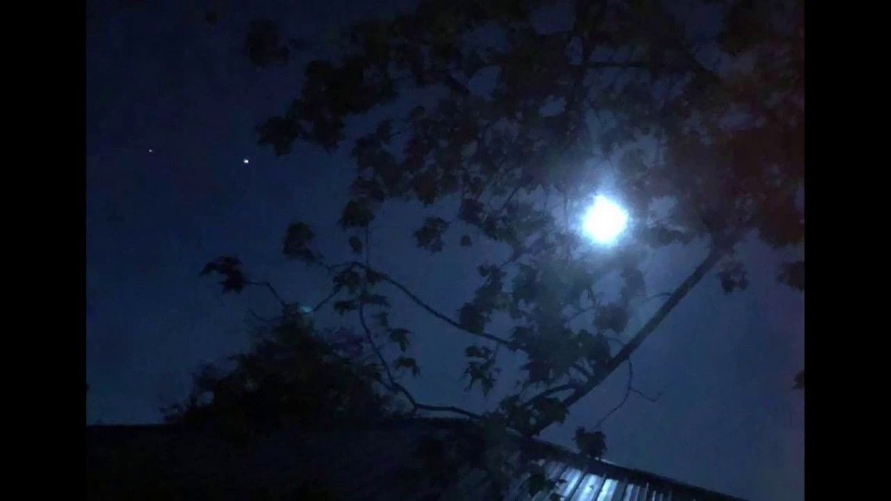 The Moon With Bright Planet Jupiter And Fainter Planet Saturn In Sou In 2020 Brightest Planet Planets Saturn