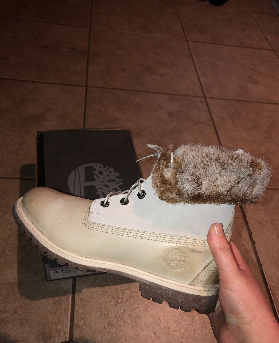 Used timberlands authentic shoes are in great condition even