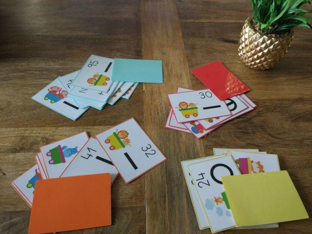 El día 15 publicamos el primer material de series numéricas con la simbología empleada en el método ABN. Debido a su éxito, hemos realizado unas tarjetas con las que los alumnos podrán reforzar est…