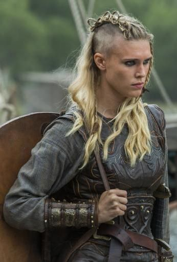 gaia weiss as porunn vikings season 3 vikings pinterest wikinger viking frisur und vikings. Black Bedroom Furniture Sets. Home Design Ideas