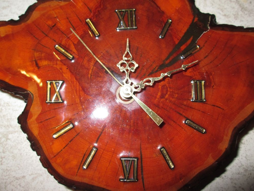 Vintage Rustic Slab Wood Tree Trunk Slice Wall Clock In Working Condition