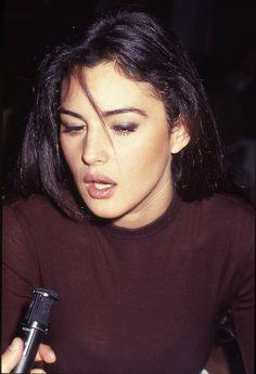 Monica Bellucci jeans