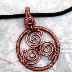 Celtic Triskele copper wire - Pesquisa do Google   alambrismo ...