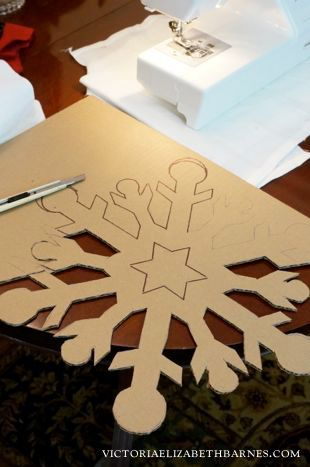 Decorating Our Old Victorian Home For Christmas Im Going To Cover These DIY Cardboard Snowflakes With German Glass Glitter