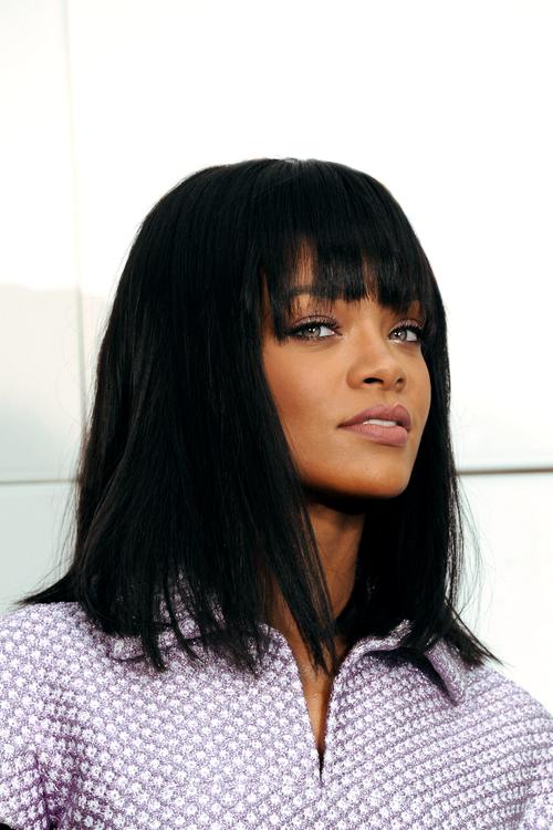Magnificent Rihannas Long Bob With Bangs Rihanna Pinterest Bobs Hairstyles For Women Draintrainus