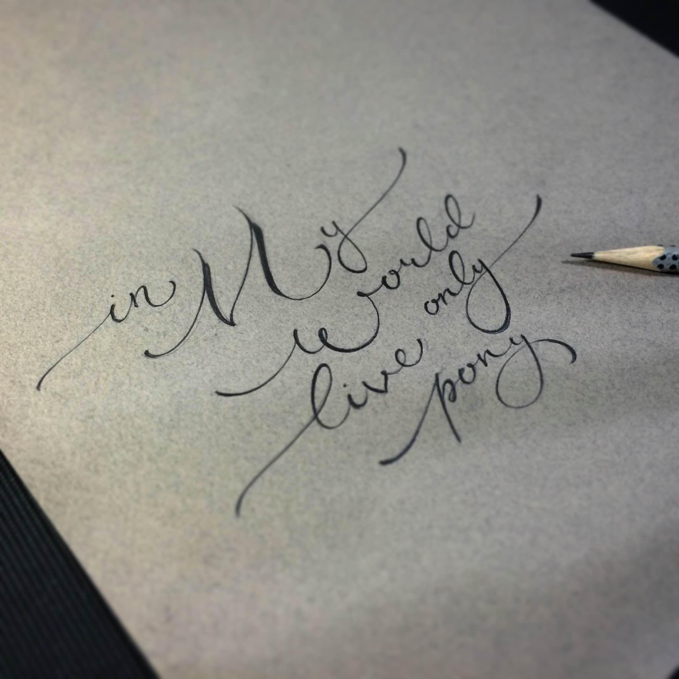 тату с именами выбрать почерк фото техника знает свое