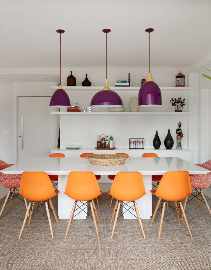 bright colors in the dining room decor
