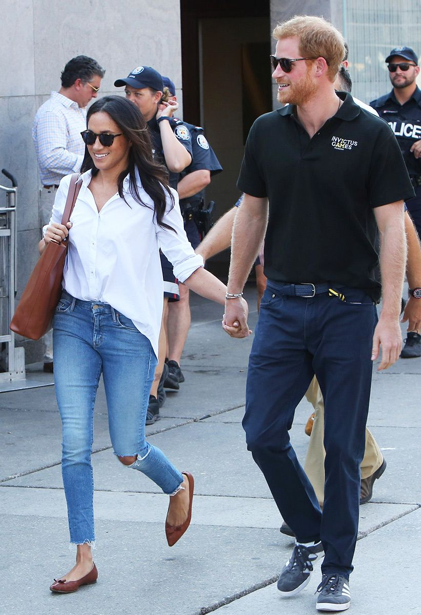 5d1c1361f5d Meghan Markle s go-to jeans look good with everything–here s how to copy  her style.