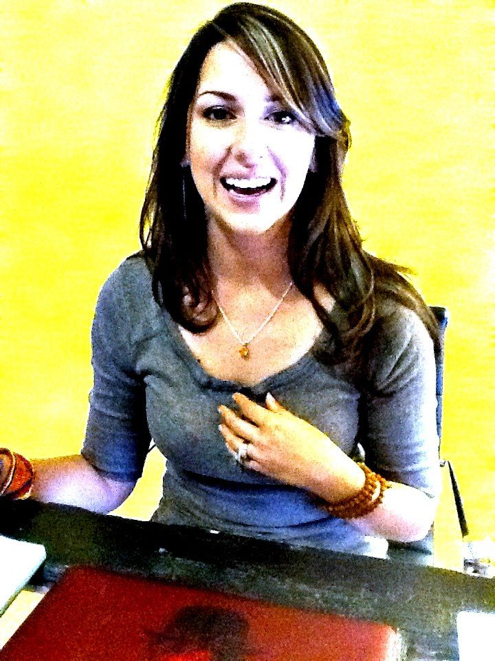 Taryn Davis, Founder and Executive Director, American Widow Project.    Read her amazing story at http://americanwidowproject.org/     For more information on the Gold Star Grace Pendant, visit us at http://www.unitedgrace.com/awp
