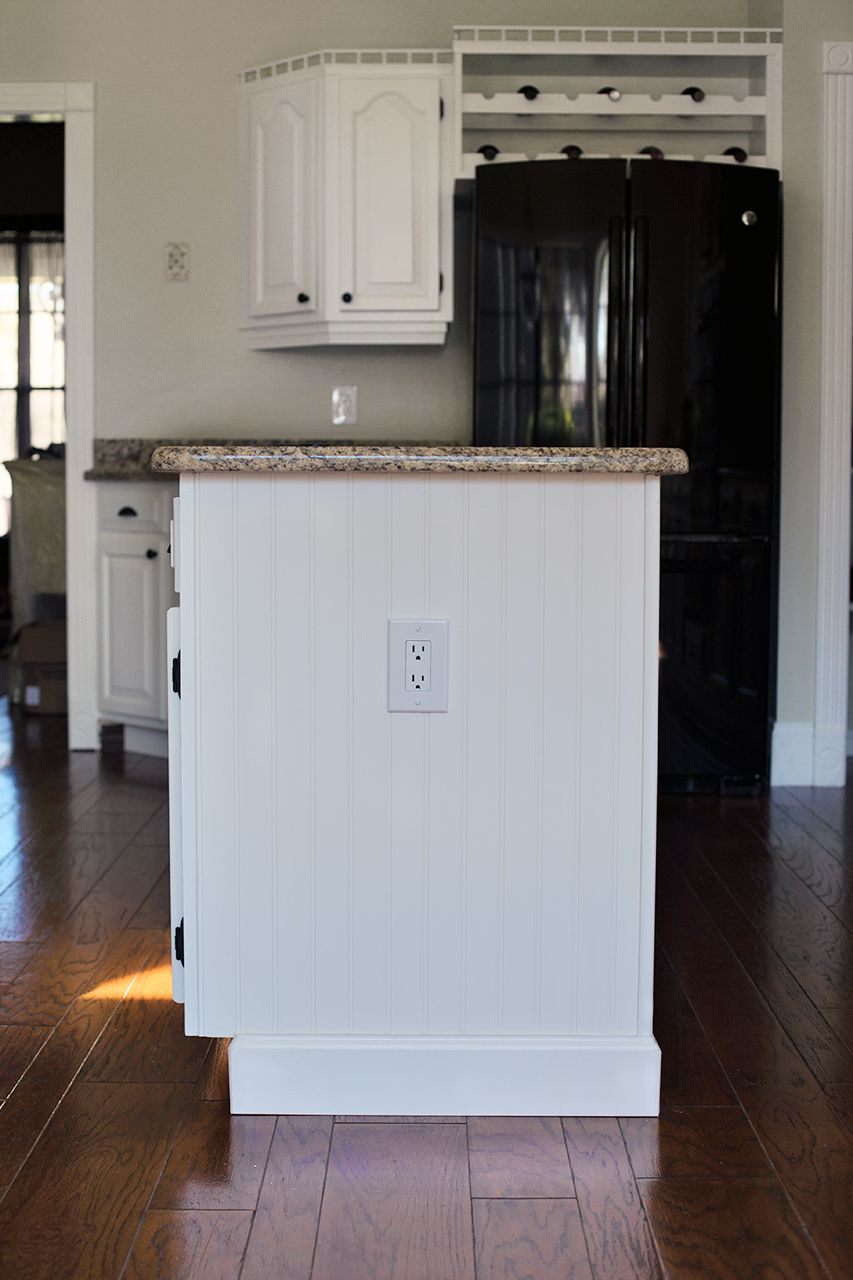 27 Best Baseboard Style Ideas & Remodel Pictures | Baseboard and ...