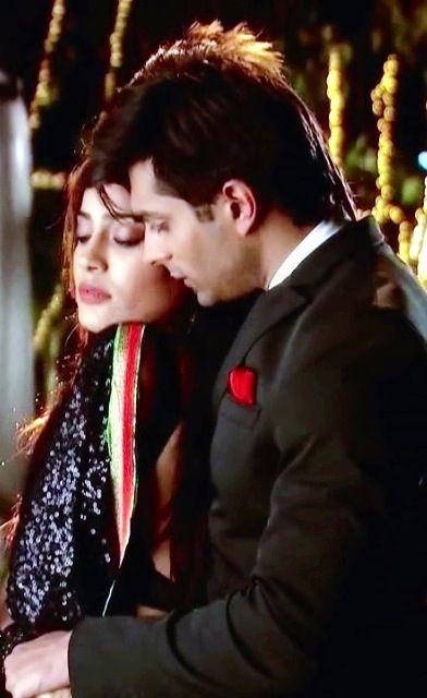 Asad And Zoya On A Date Qubool Hai Episode 150 Karan Singh Grover Surbhi Jyoti Qubool Hai Tv Stars Cute Boy Photo