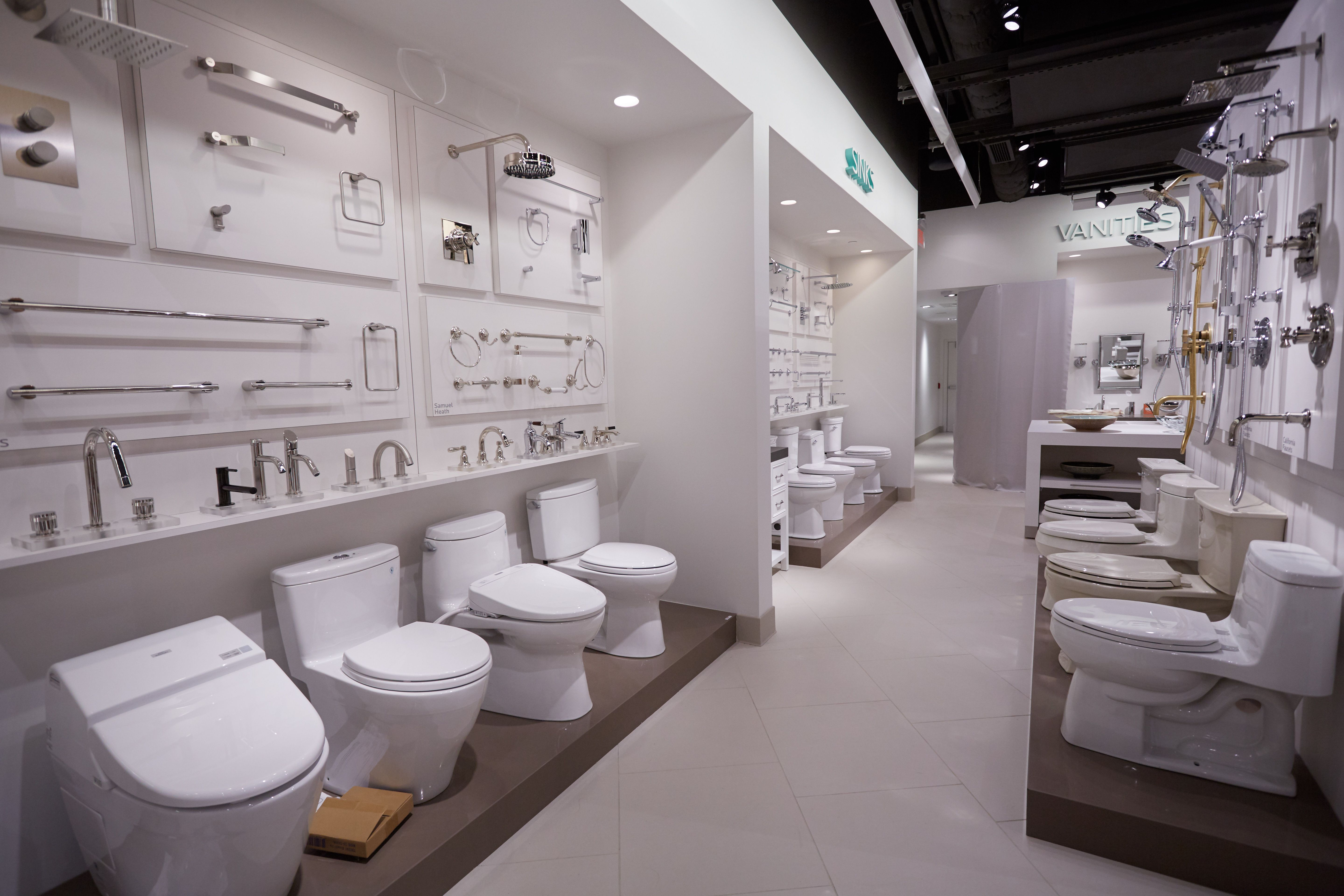 You Can Find The Best Essentials For Your Bathroom In Our Bath Section Of The Showroom Showroom Interior Design Showroom Design Bathroom Showrooms