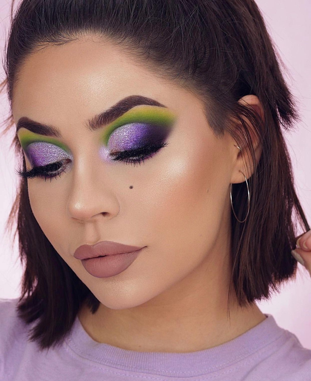 Purple and green cutcrease with glitter makeup Purple