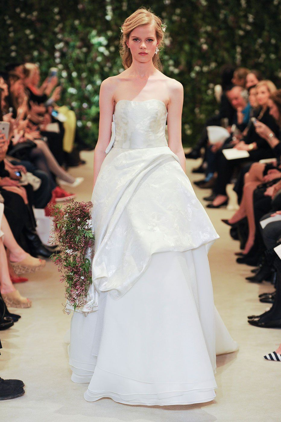 How to shop for a wedding dress tips every bride should know