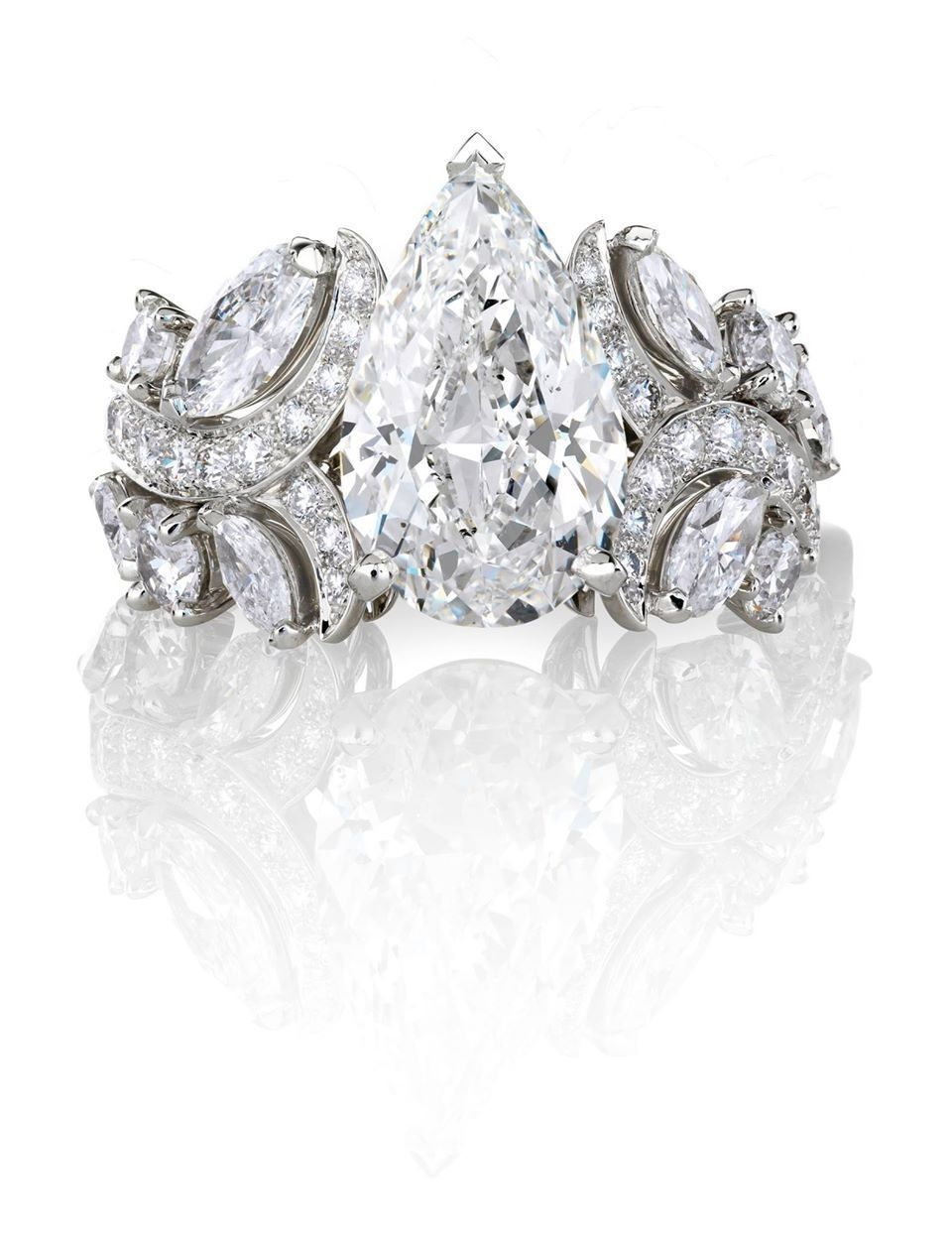 De beers my favorite pear shape diamond