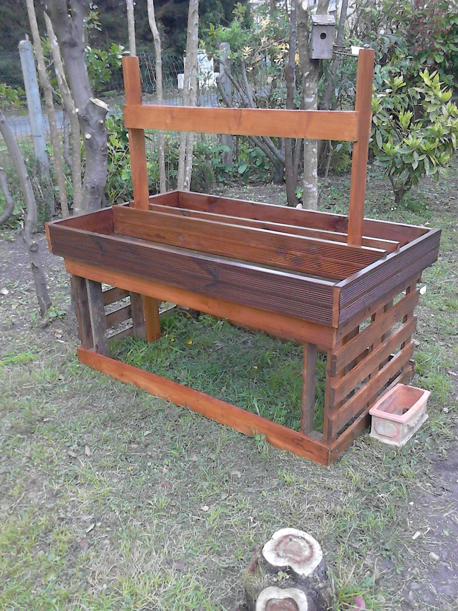 mon petit potager en hauteur idees jardin pinterest. Black Bedroom Furniture Sets. Home Design Ideas