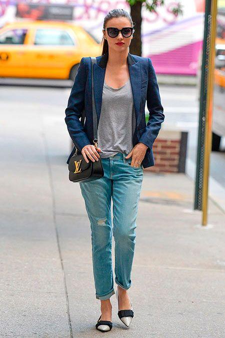 f35b78ea0075 How Celebs Wear Boyfriend Jeans So Cool!  mirandakerr