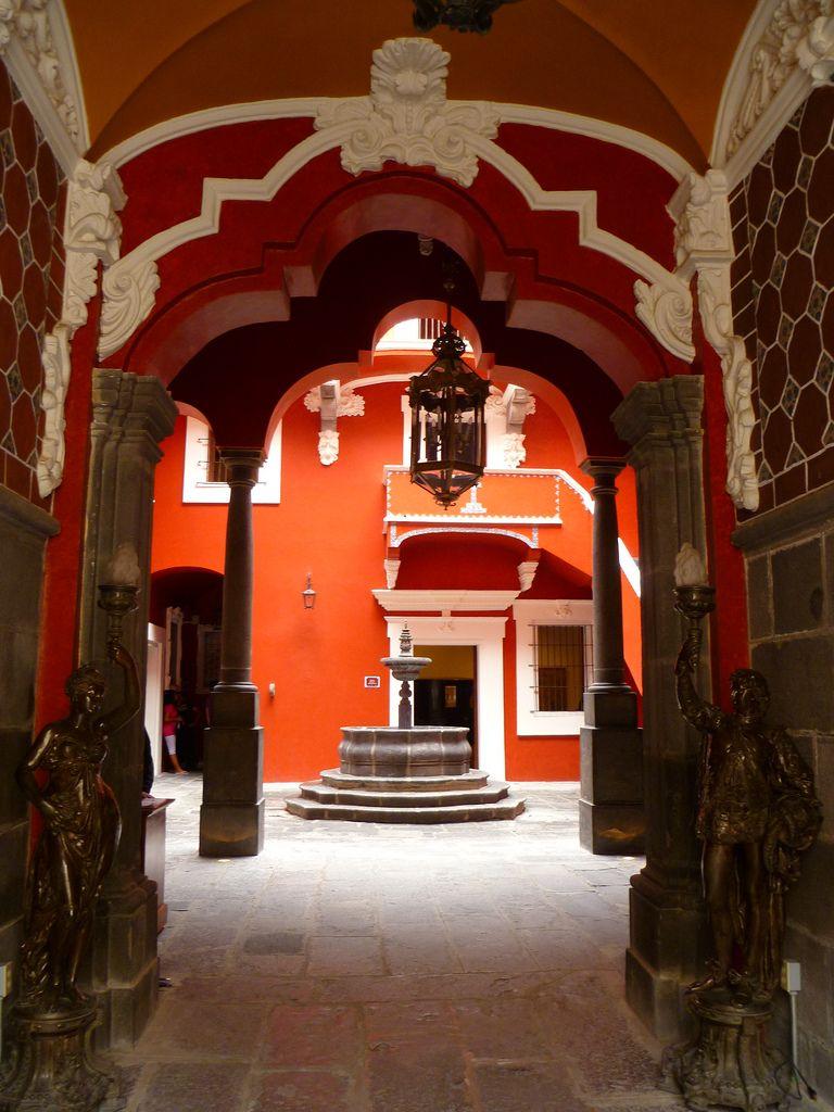 Casa de Alfeñique  ,  Puebla,