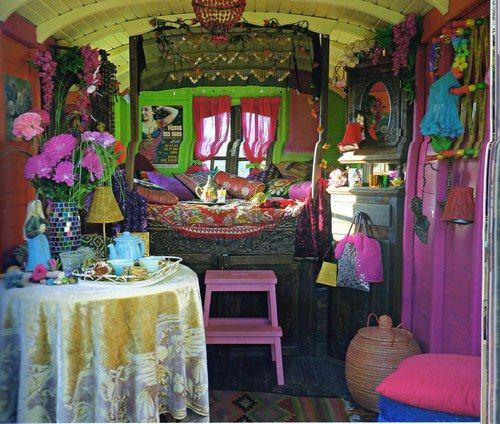 Interieur roulotte esprit roulotte pinterest roulotte int rieur roulot - Deco caravane interieur ...