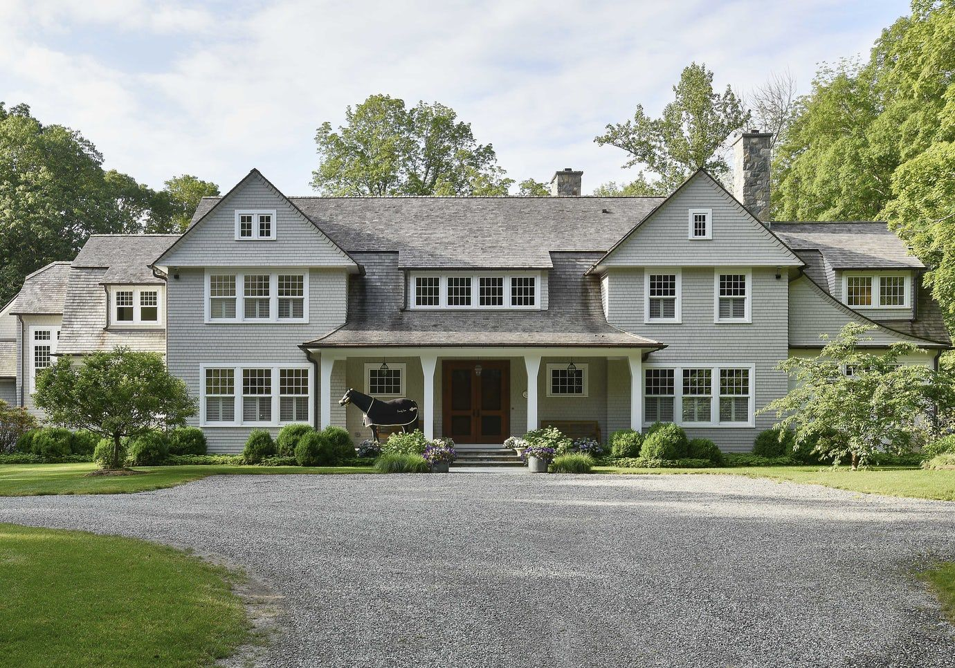 Shingle Style Home With Front Porch Colonial Shingle Style