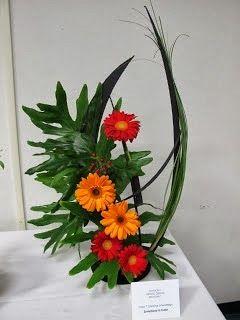 Creative Line Floral Design Flower Arrangement New Garden Club
