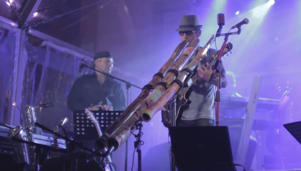 Miguel Maat live concert. Didgeridoo Fusion Music.  www.miguelmaat.net http://www.youtube.com/miguelmaatoficial https://open.spotify.com/artist/2GBha9IB7JYr9BMfI3XUa7 #miguelmaat #didgeridoo Tribal, rock, pop, world music