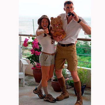 Halloween Costumes For Couples And Baby.The 31 Best Family Halloween Costume Ideas Lg S Holidays Couple