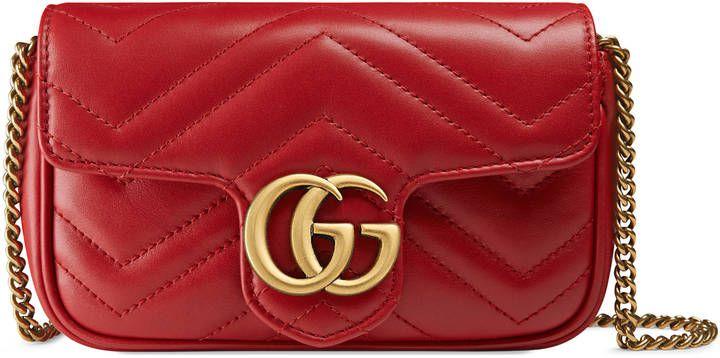 e0d1565d1a09 Red Gucci shoulder bag. GG Marmont matelassé leather super mini bag ...