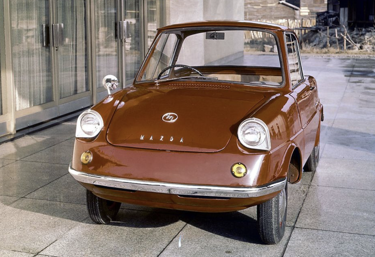 You Ve Probably Never Heard Of These 11 Mazdas 1960 Mazda R360 Mazda Japanese Cars Classic Cars Vintage