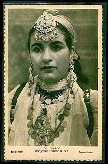 Epingle Sur Caftan Details Vintage Fashion Morocco