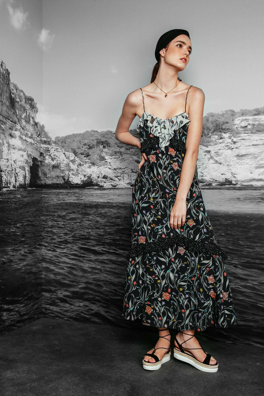 http://www.vogue.com/fashion-shows/resort-2017/nicole-miller/slideshow/collection