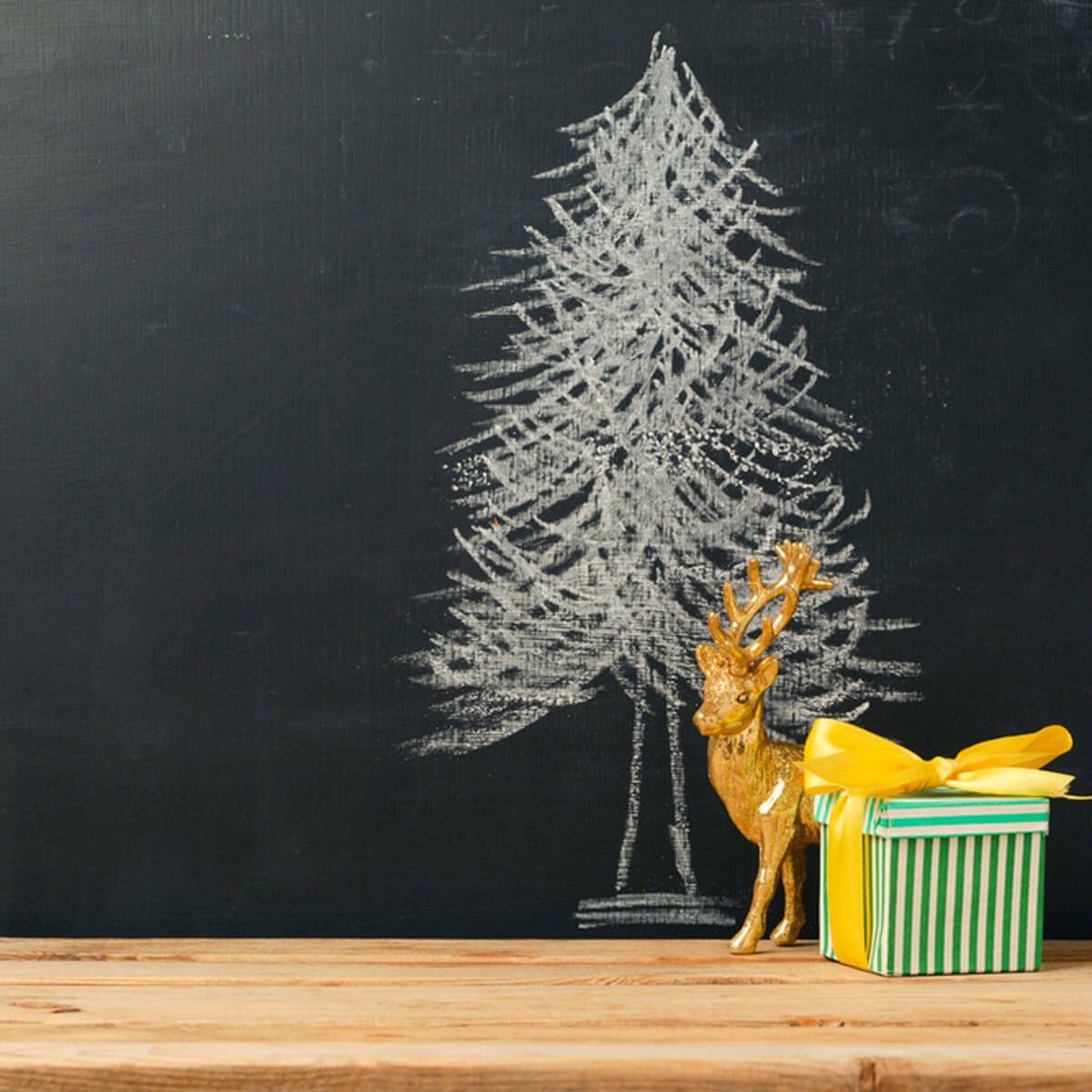 100 Incredible Christmas Tree Decorating Ideas Alternative Christmas Tree Alternative Christmas Primitive Christmas Tree