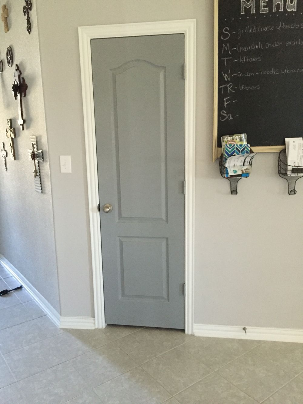valspar stone mason gray to liven up interior doors. Black Bedroom Furniture Sets. Home Design Ideas