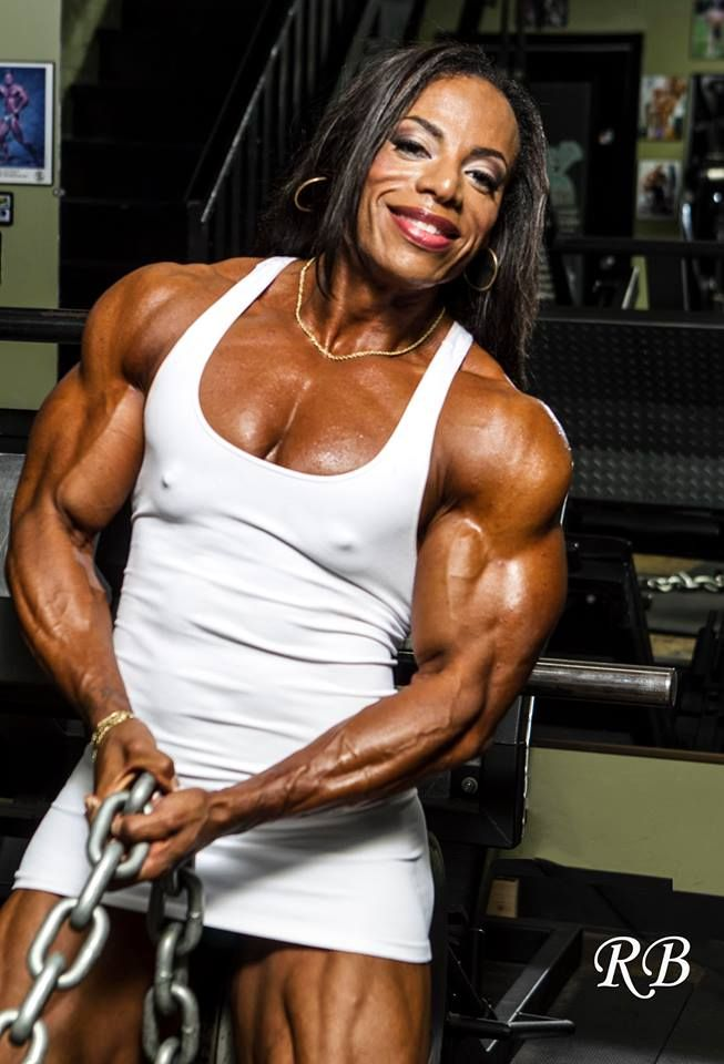 Ebony muscular women