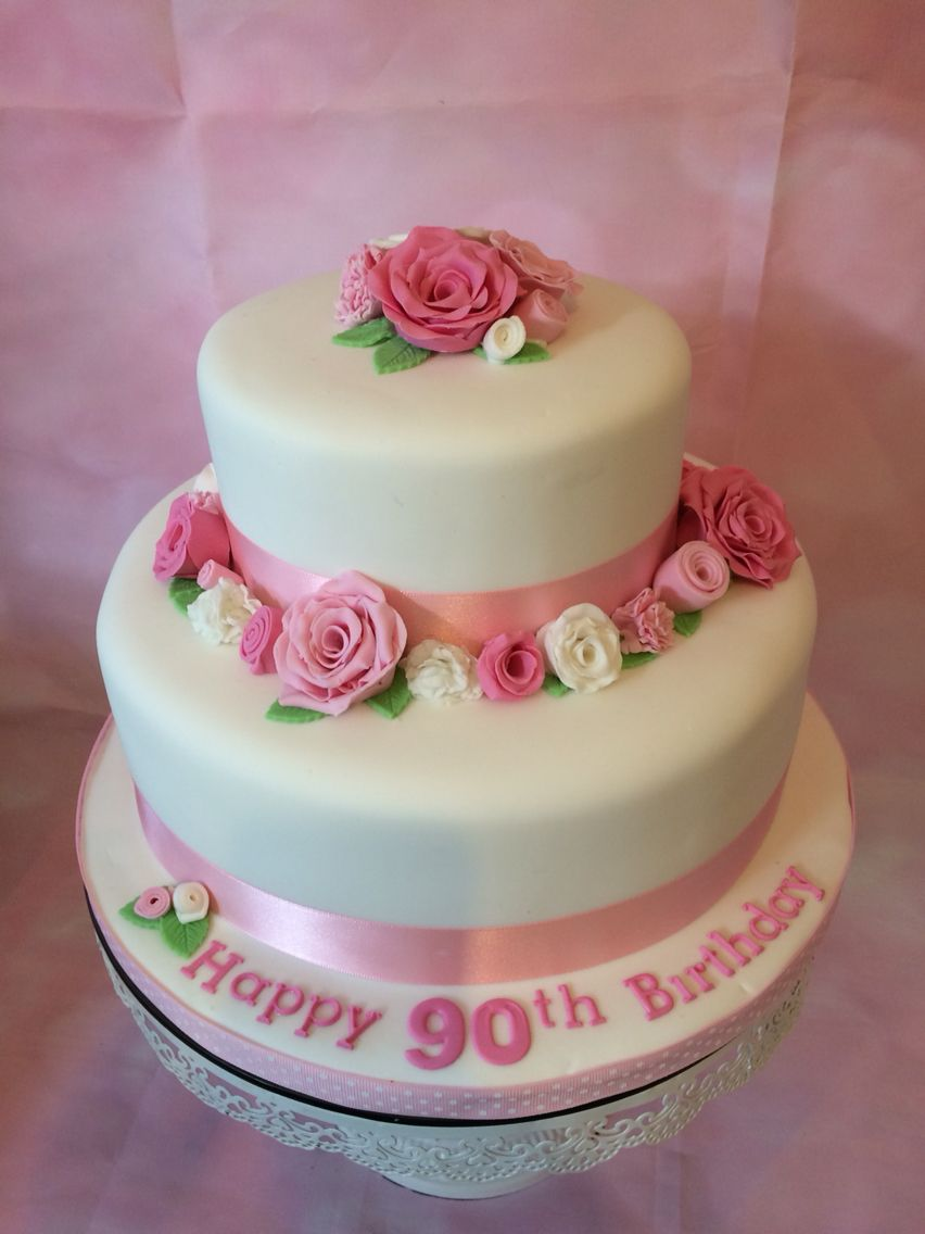 2 tier vanilla sponge with sugar flowers for a 90th birthday