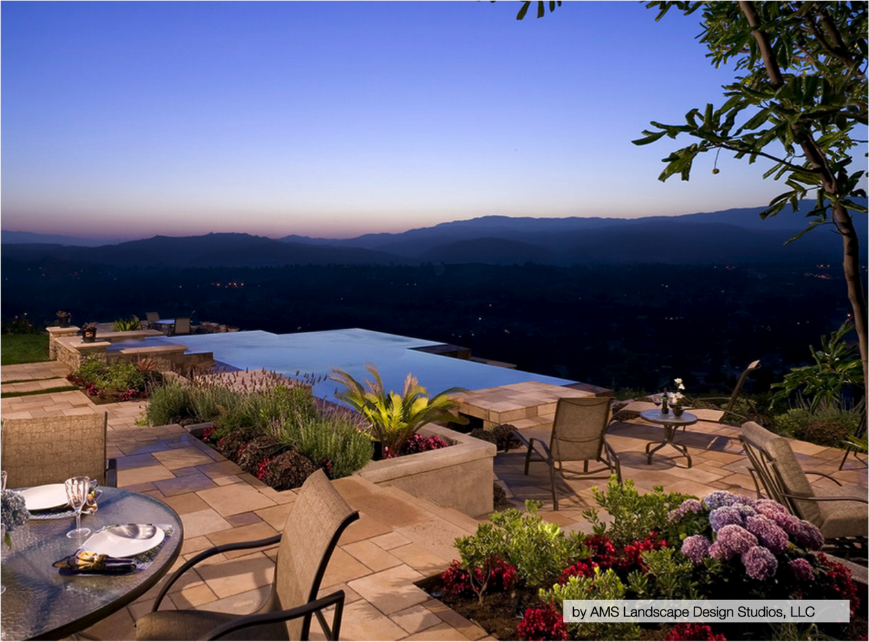 10 of the Most Stunning Infinity Pools